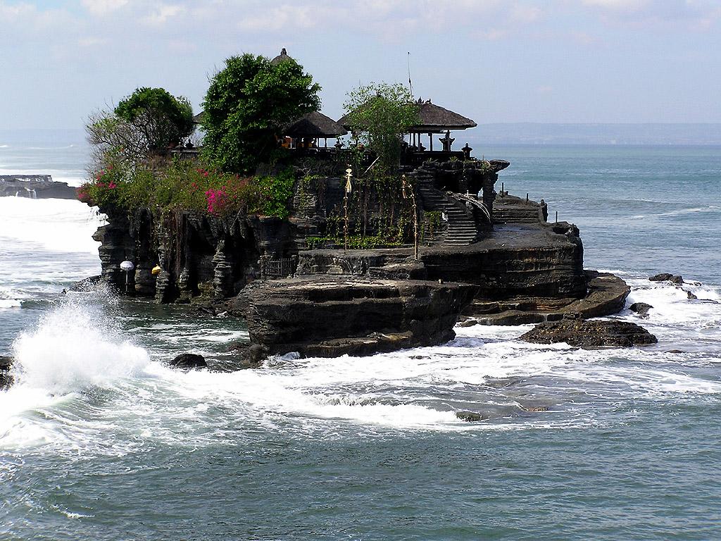 Bali Ancaman Kebhinekaan Dan Harapan Kaum Muda Jurnal Mekel